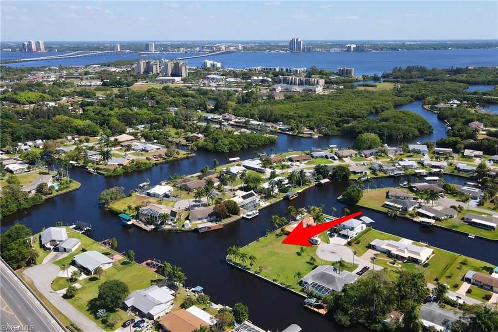 432 Cross, North Fort Myers, Florida 33903