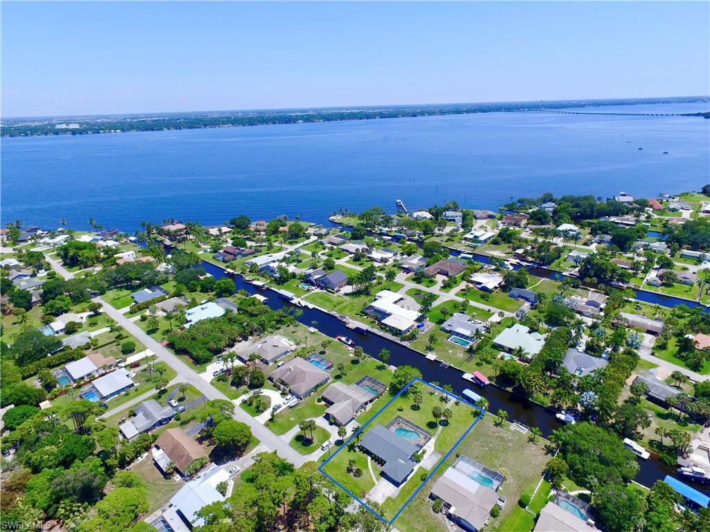1845 Seafan, North Fort Myers, Florida 33903