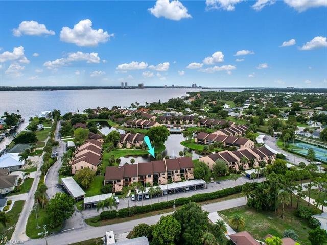 15460 Admiralty Unit 9, North Fort Myers, Florida 33917