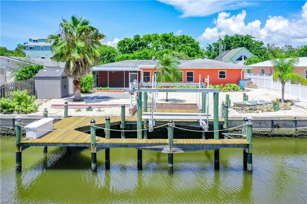 280 Donora, Fort Myers Beach, Florida 33931