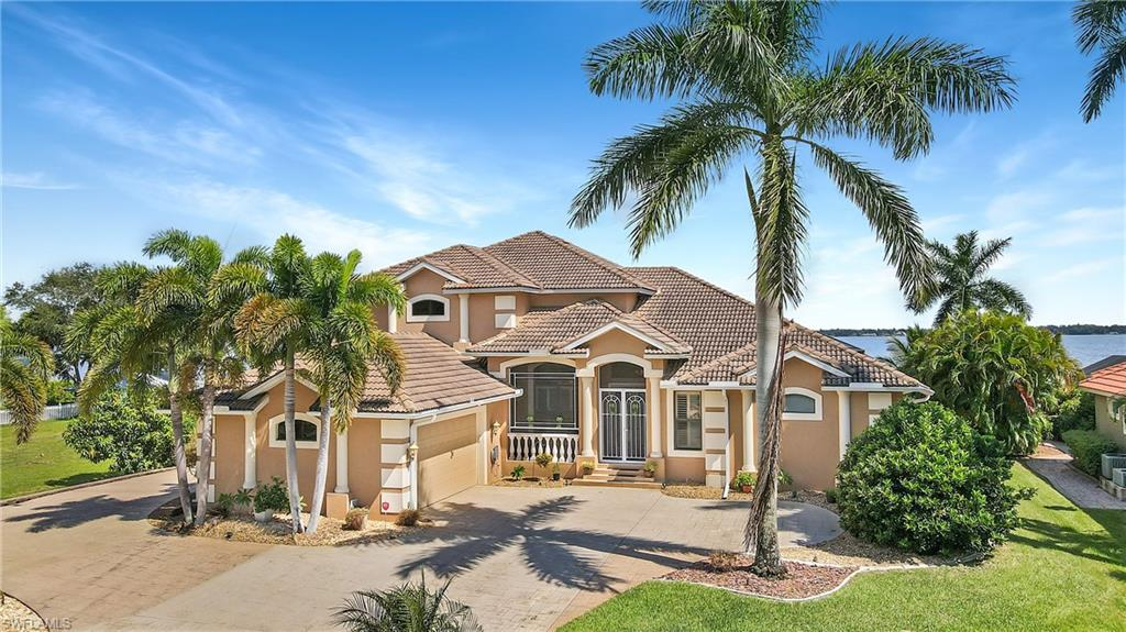 6290 River Club, North Fort Myers, Florida 33917