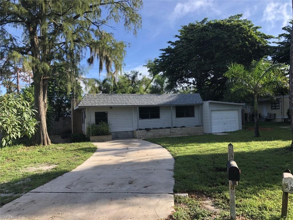 2105 Flowers, Fort Myers, Florida 33907