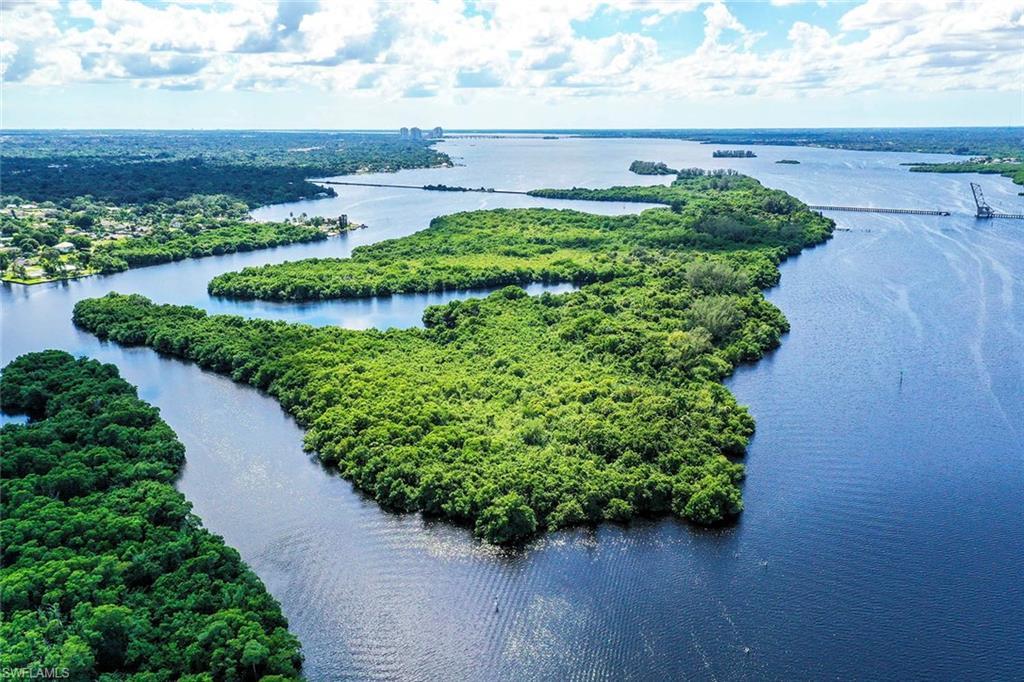 5 Beautiful Island, Fort Myers, Florida 33905