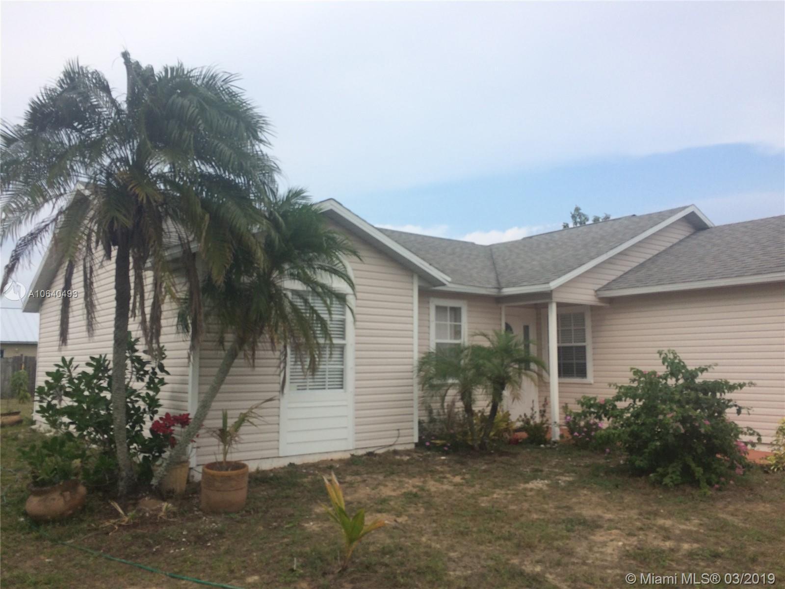 1104 9th Sq, Vero Beach, Florida 32960