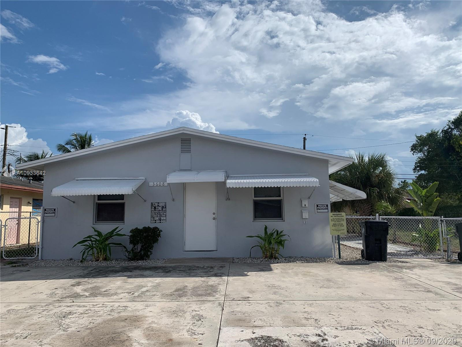 Breezyway Manor, 3608 SW 13th Ct, Fort Lauderdale, Florida 33312