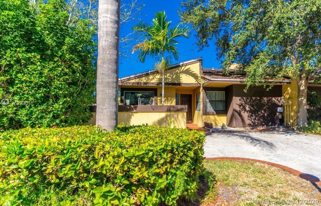 1009 NE 204th Ln, Miami, Florida 33179