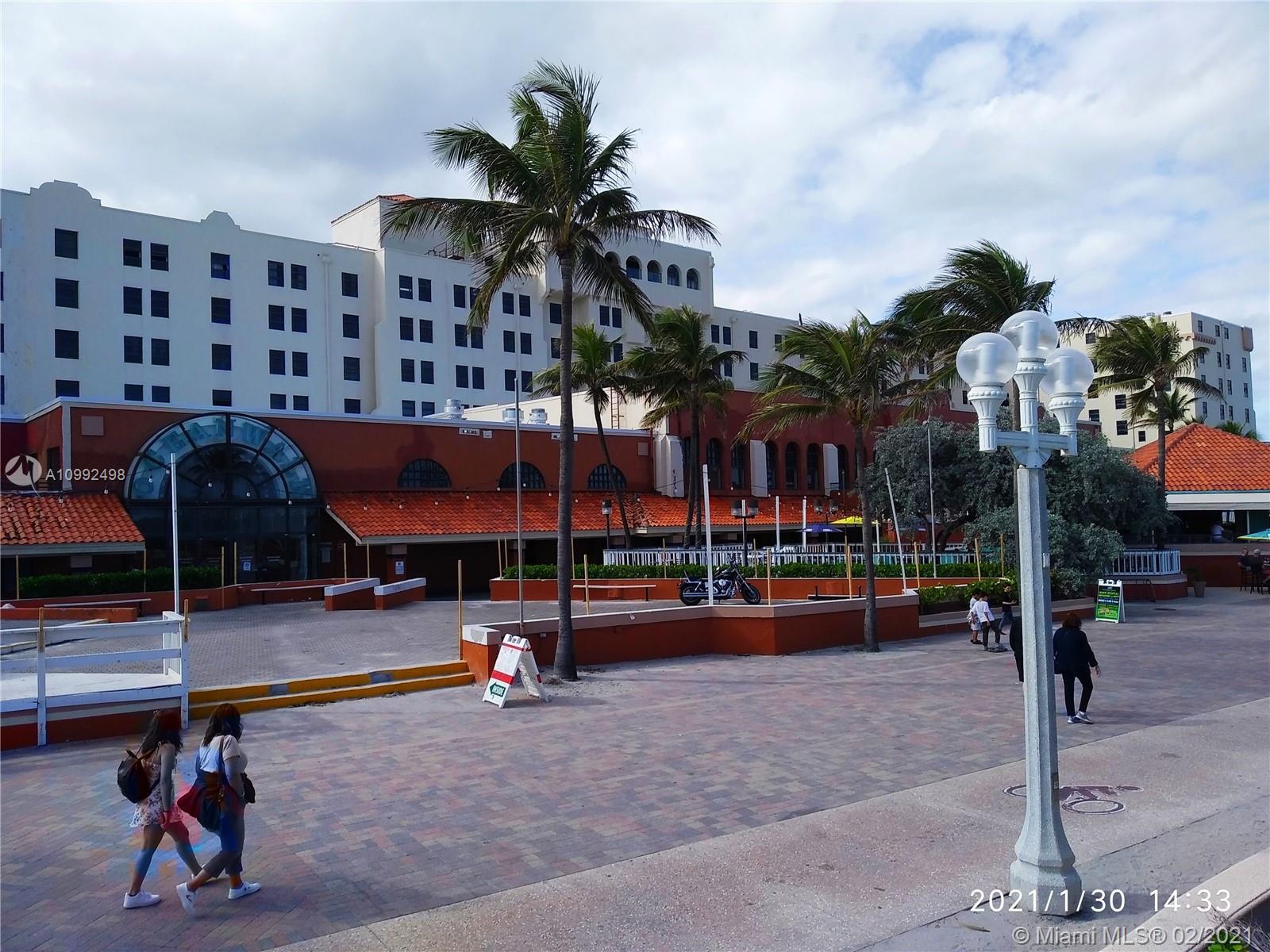 Hollywood, 101 N Ocean Dr Unit 524, Hollywood, Florida 33019