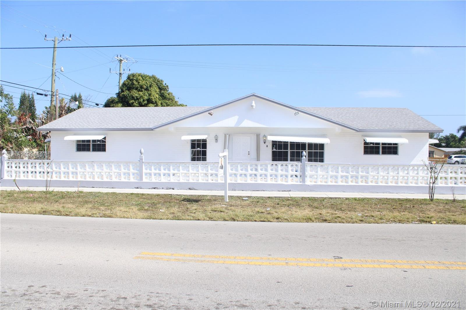 Pompano Beach, 1501 NE 39th St, Pompano Beach, Florida 33064