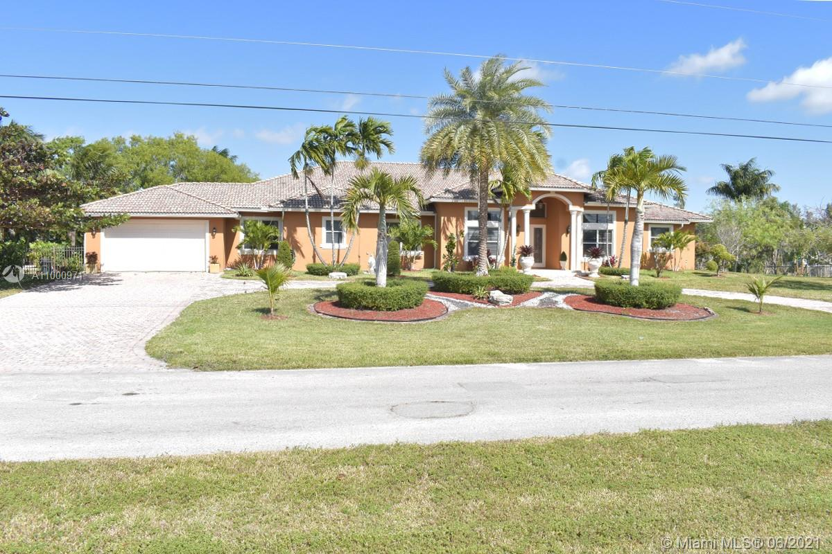 16541 S 62nd St, Southwest Ranches, Florida 33331