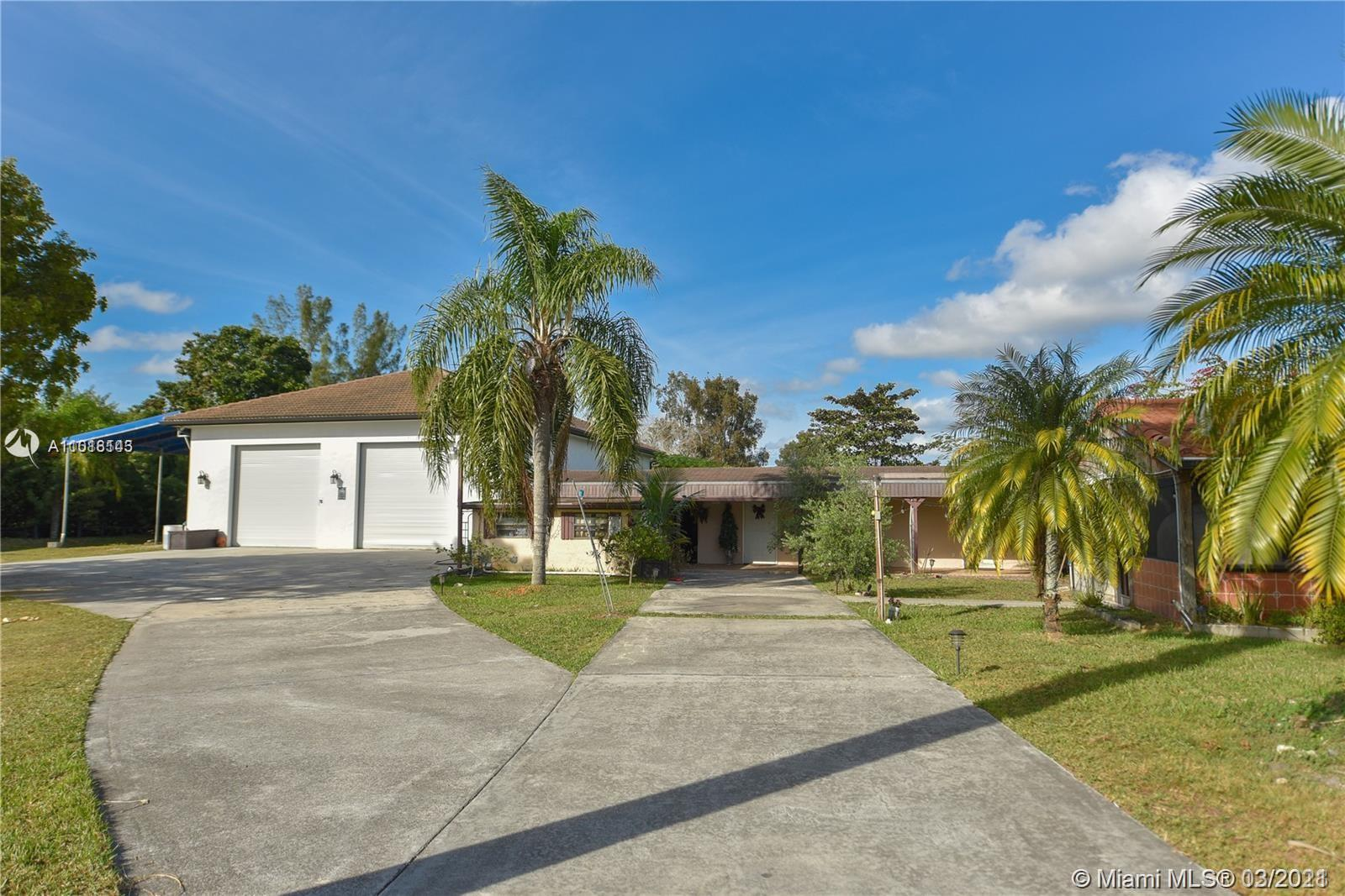 19101 SW 57th Ct, Southwest Ranches, Florida 33332