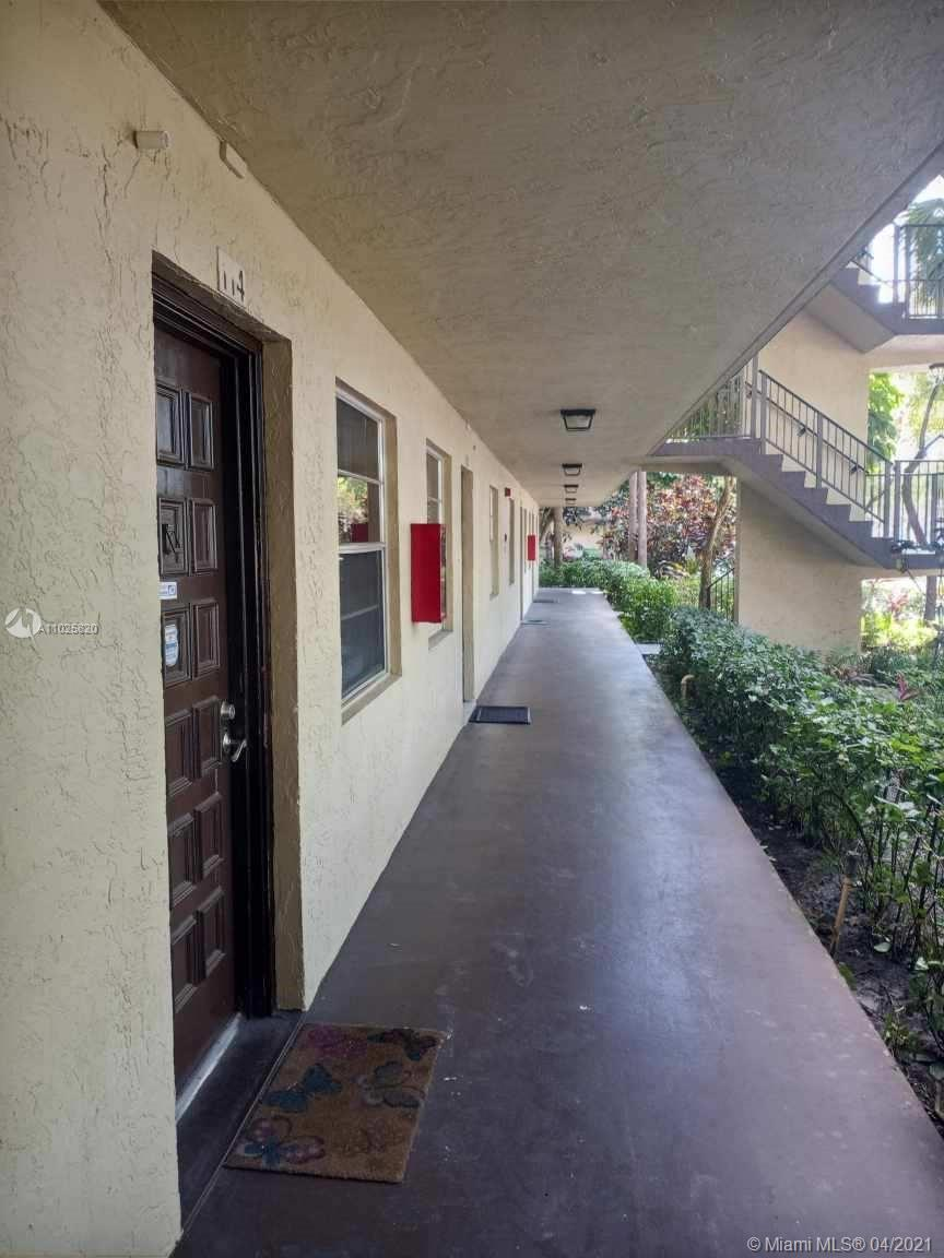 3301 NW 47th Ter Unit 114, Lauderdale Lakes, Florida 33319