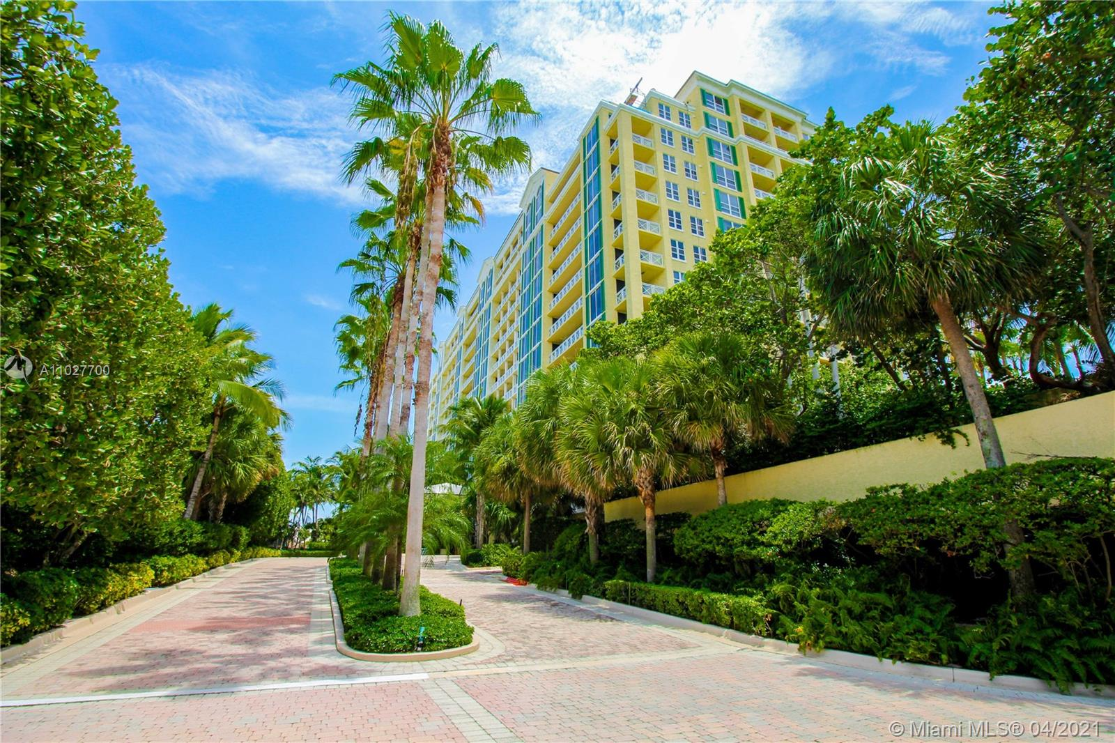 430 Grand Bay Dr Unit 808, Key Biscayne, Florida 33149