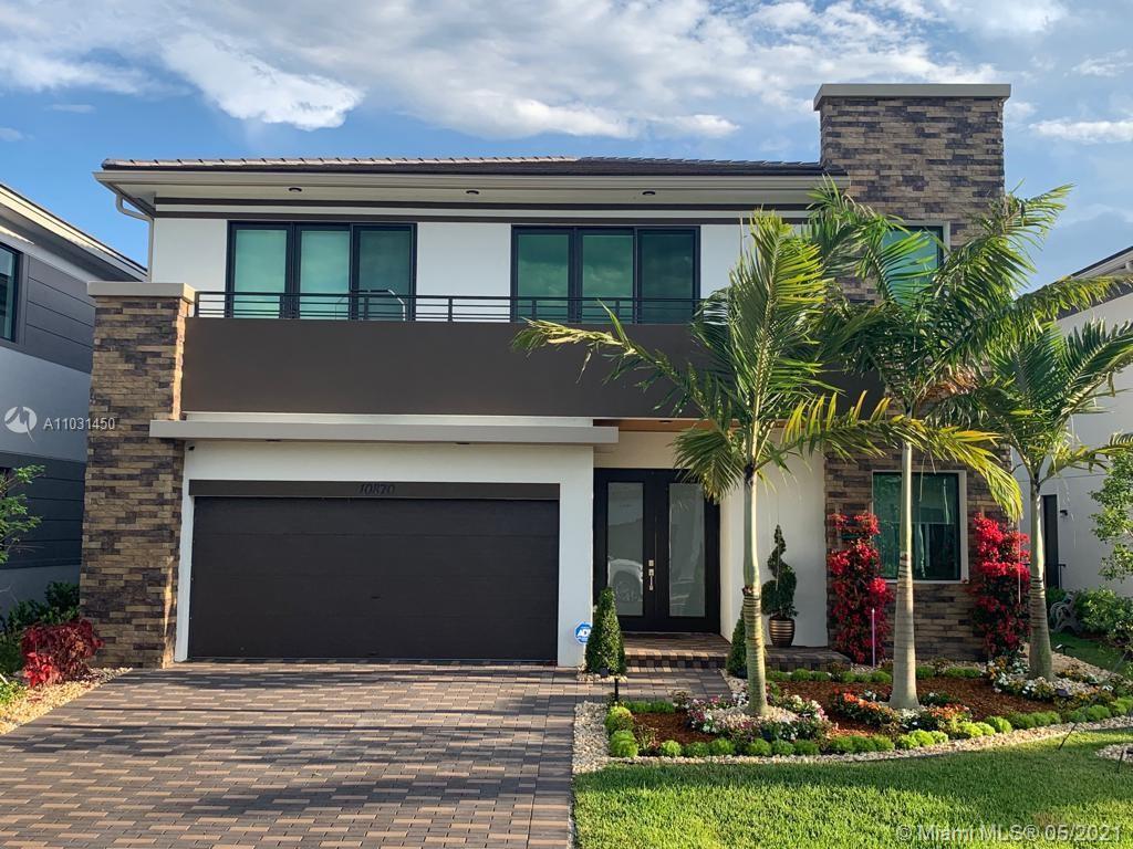 Miralago, 10870 Pacifica Way, Parkland, Florida 33076