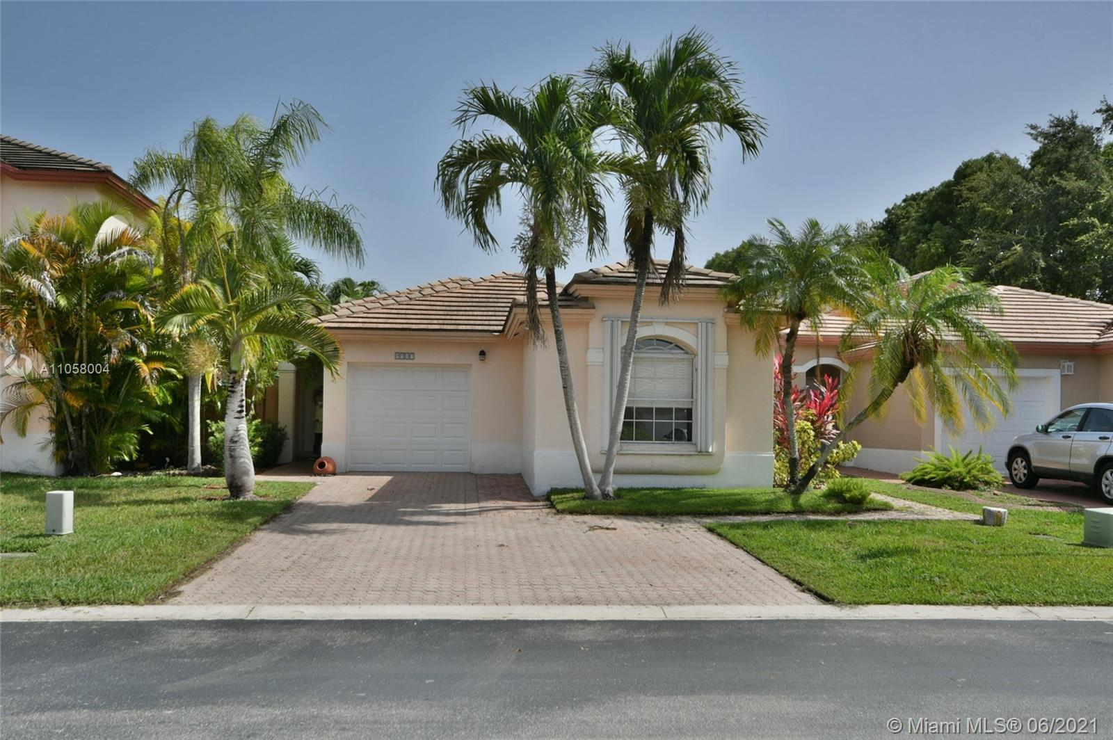 9917 NW 31st St, Doral, Florida 33172