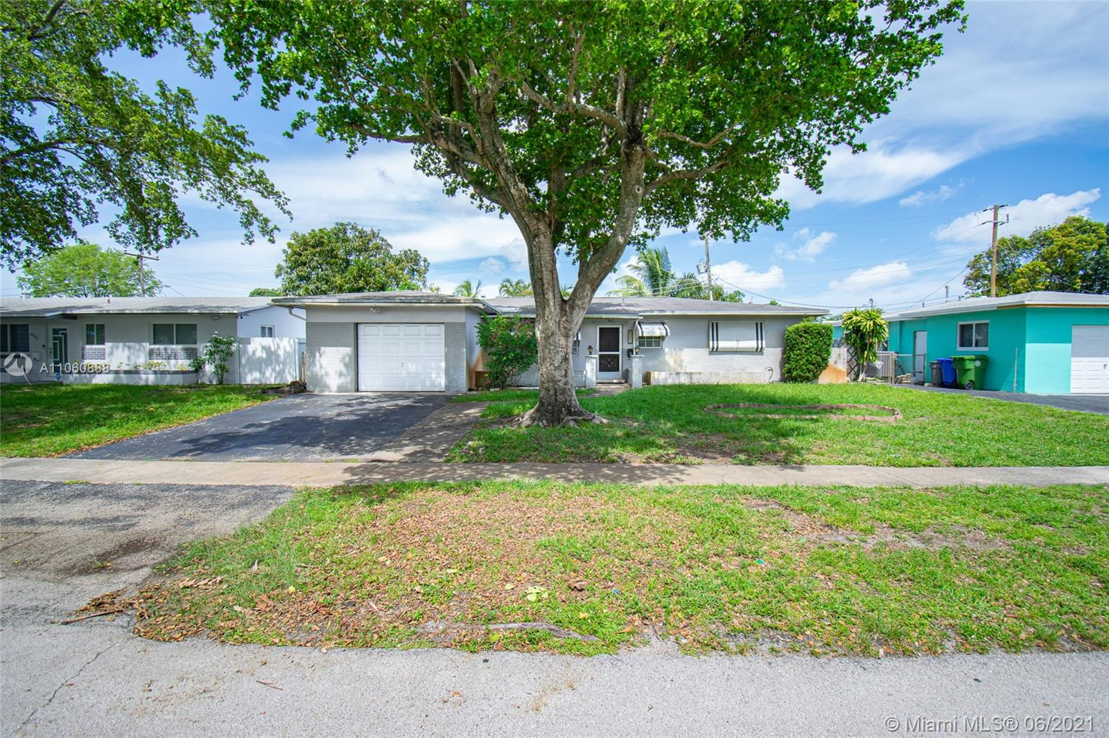 621 NW 78th Ave, Pembroke Pines, Florida 33024