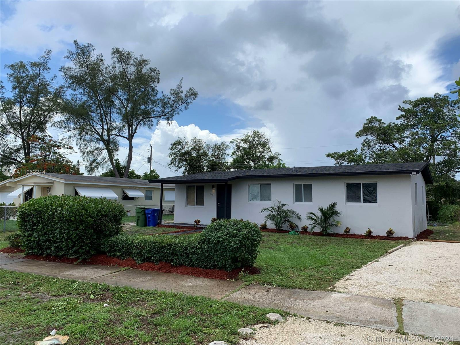 Lauderdale, 1605 NW 15th Ct, Fort Lauderdale, Florida 33311