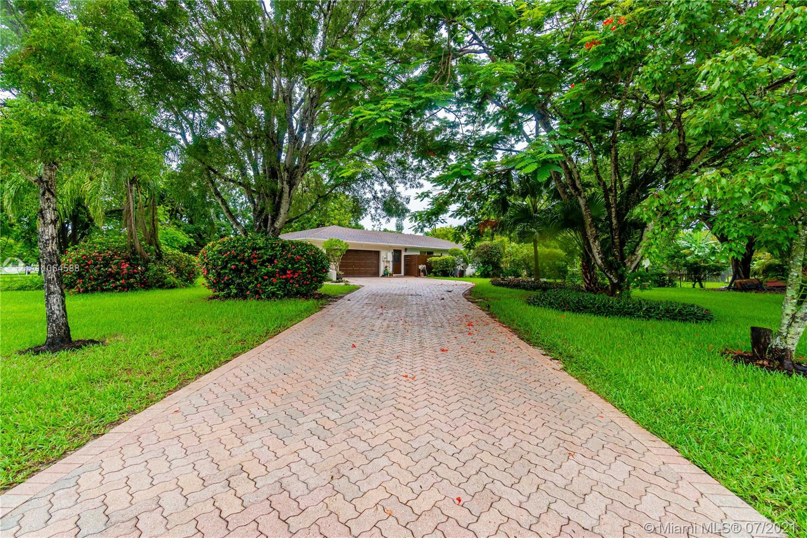 Rolling Oaks, 5079 SW 178th Ave, Southwest Ranches, Florida 33331