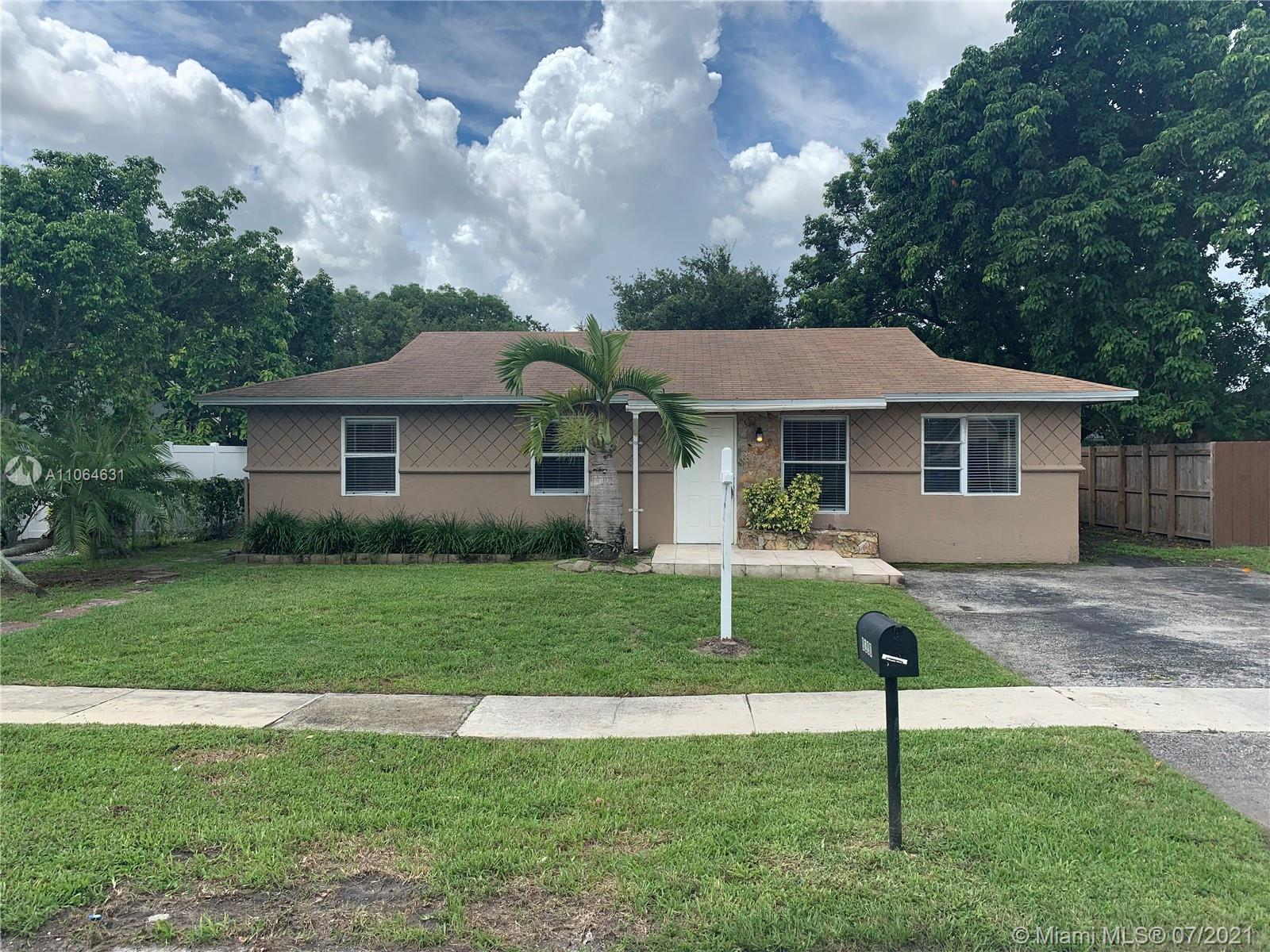 8200 SW 7th St, North Lauderdale, Florida 33068