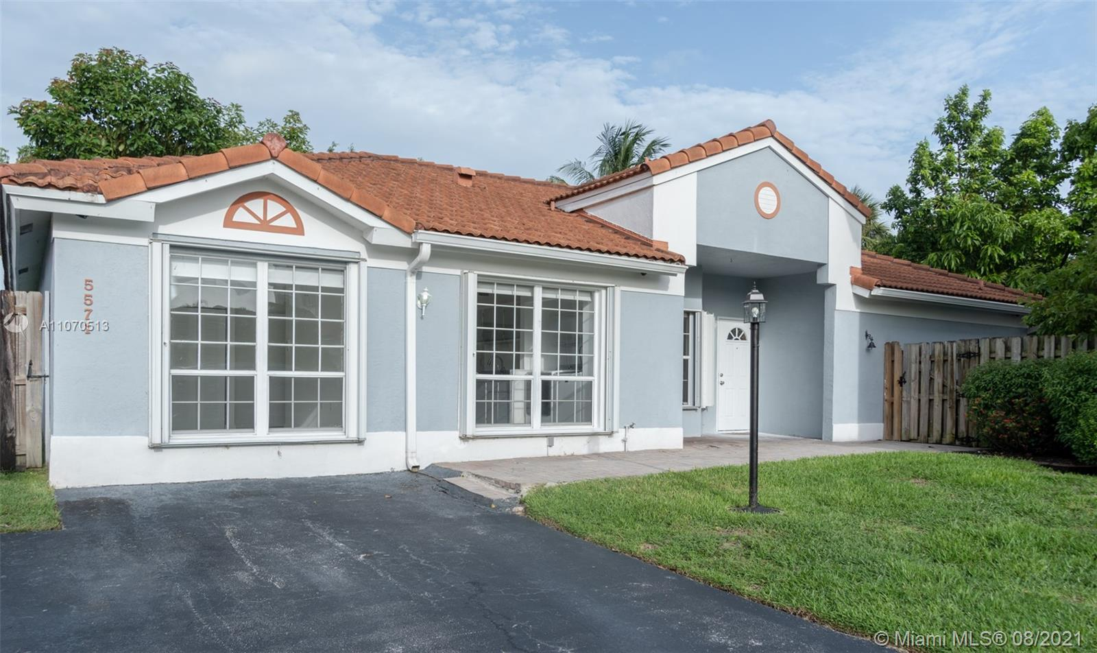 5571 NW 102nd Ct, Doral, Florida 33178