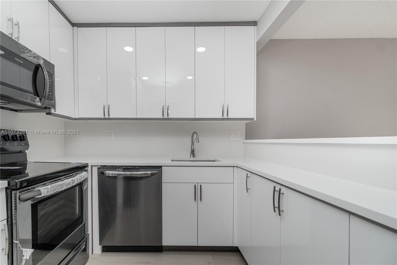 4114 NW 88th Ave Unit 205, Coral Springs, Florida 33065