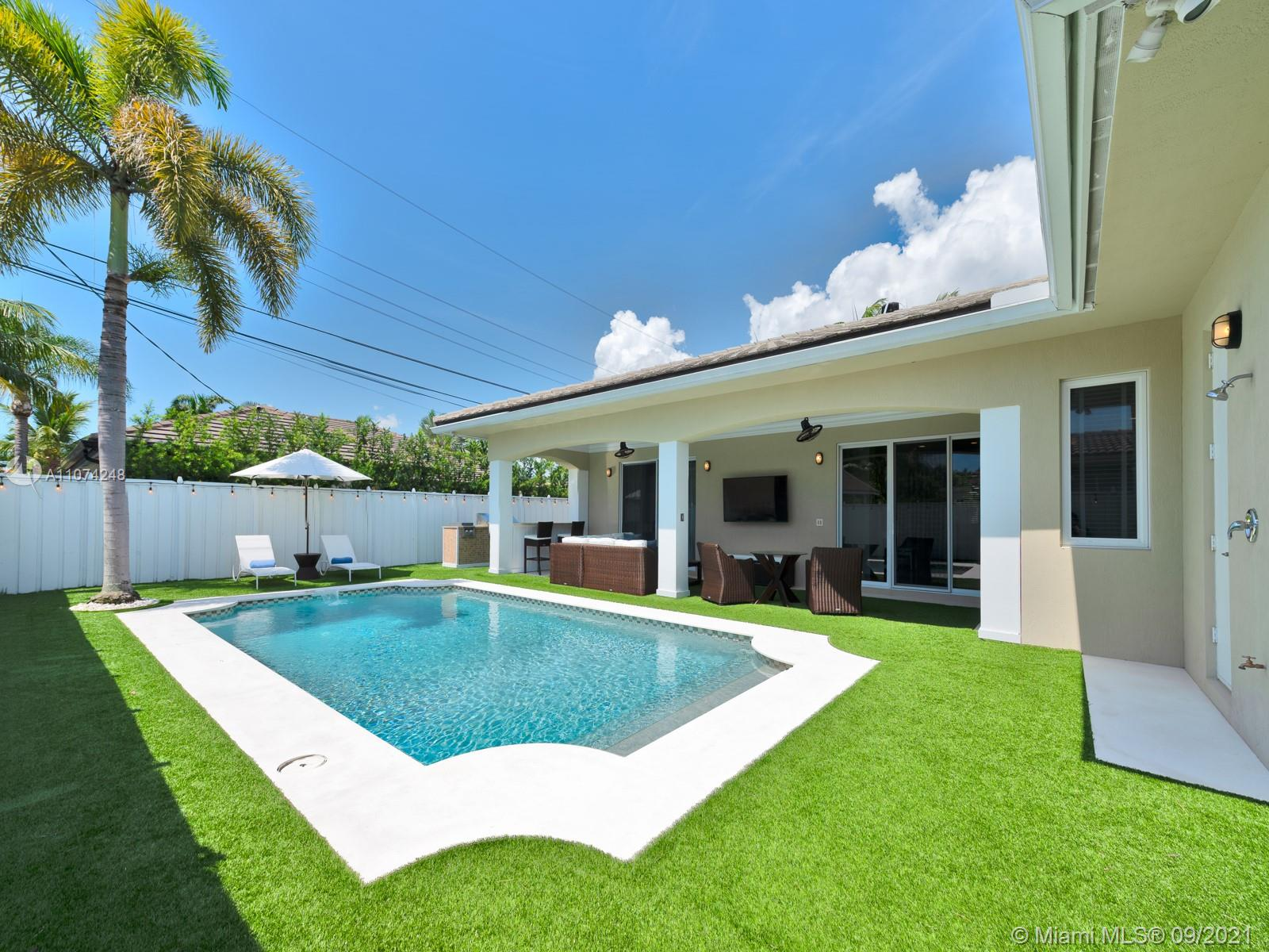 254 Corsair Ave, Lauderdale By The Sea, Florida 33308