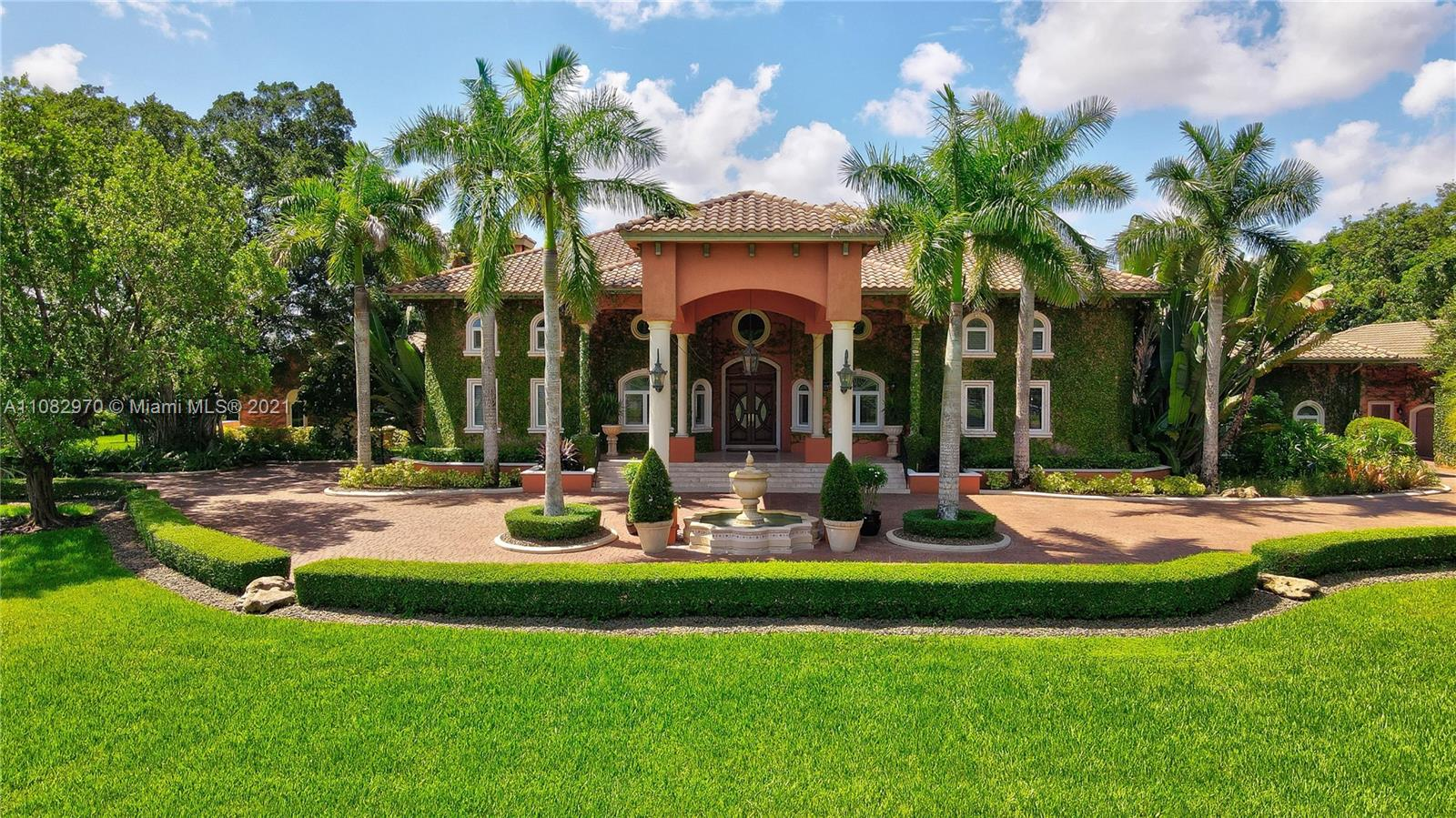 Sunshine Ranches, 13450 Mustang Trl, Southwest Ranches, Florida 33330