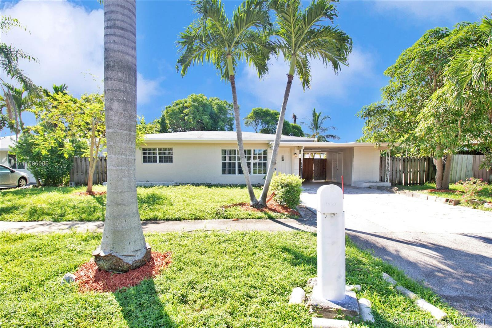Middle River, 1080 NW 21st St, Fort Lauderdale, Florida 33311