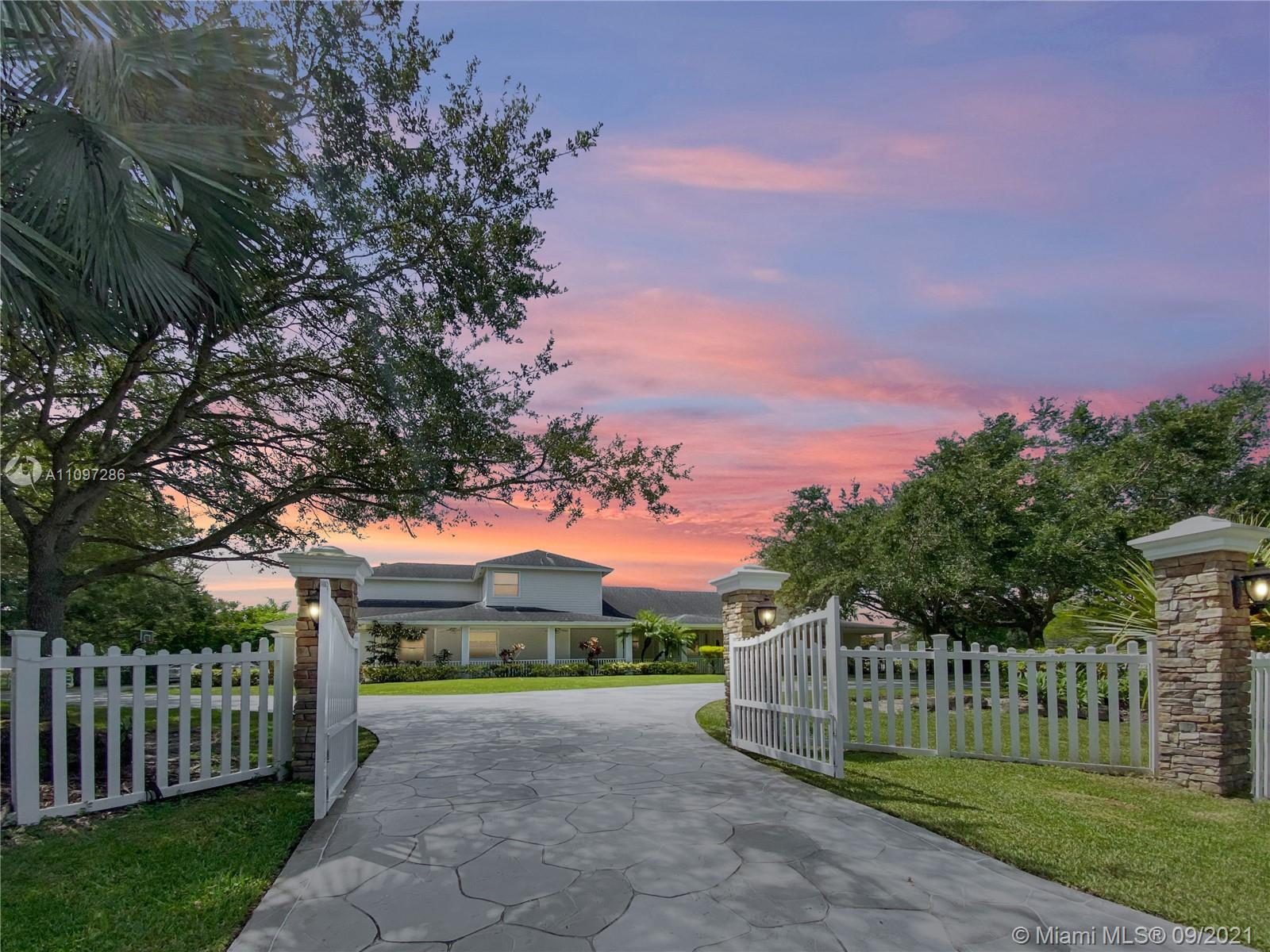 Rolling Oaks, 17810 SW 52nd Ct, Southwest Ranches, Florida 33331