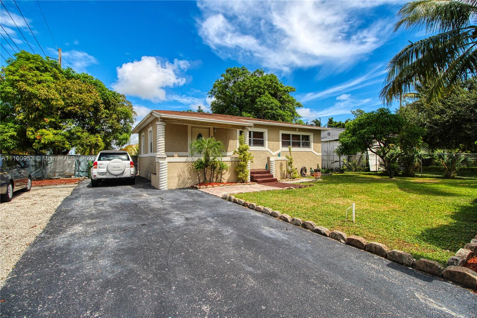 Progresso, 817 NW 17th St, Fort Lauderdale, Florida 33311
