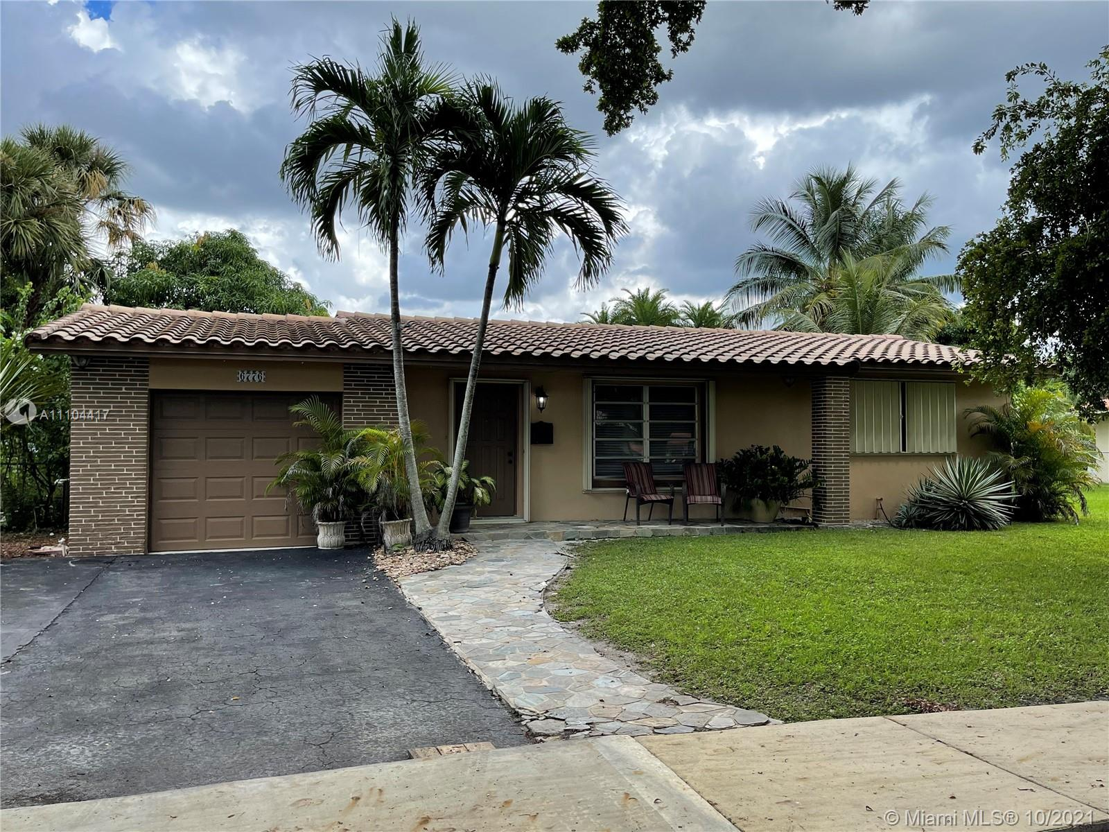 6776 Orchid Dr, Miami Lakes, Florida 33014