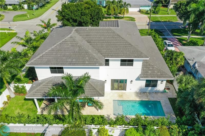 5021 27th Ave., Lighthouse Point, Florida 33064