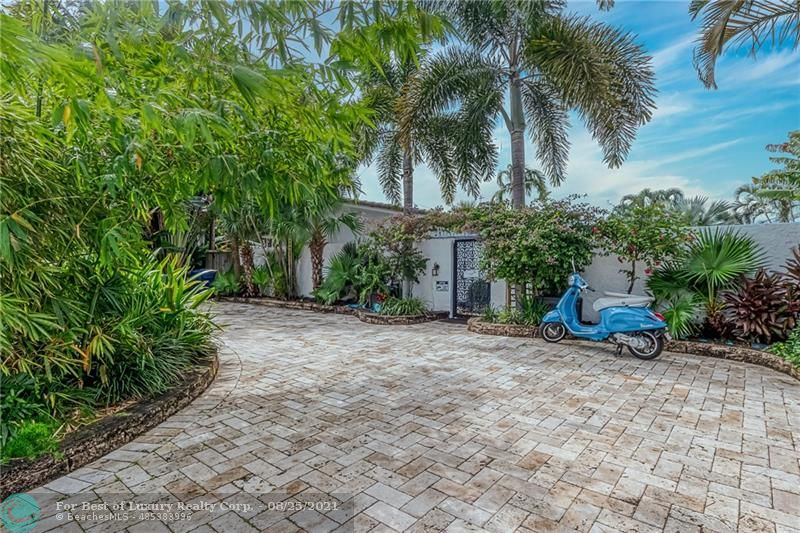 2401 18th Ave, Wilton Manors, Florida 33305