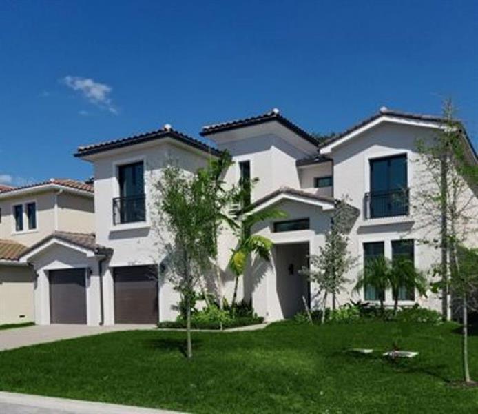 5744 Ashwood Cir, Hollywood, Florida 33312