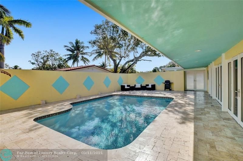 Silver Shores, 259 Bombay Ave, Lauderdale By The Sea, Florida 33308