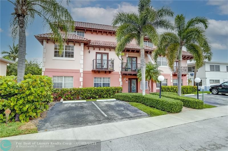 4525 Poinciana St Unit 8, Lauderdale By The Sea, Florida 33308