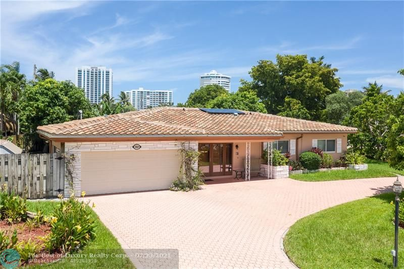 1937 Windward Drive, Lauderdale By The Sea, Florida 33062