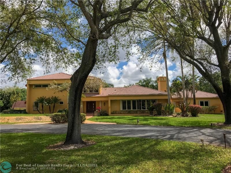 Sunshine Ranches, 5400 THOROUGHBRED LN, Southwest Ranches, Florida 33330