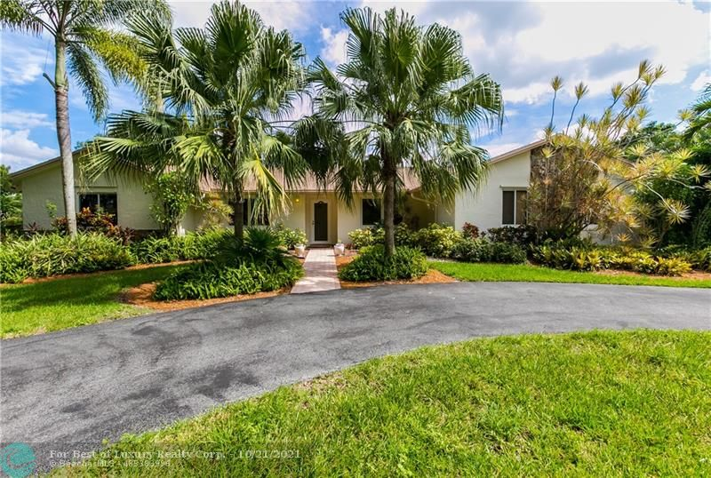5150 SW 163rd Ave, Southwest Ranches, Florida 33331