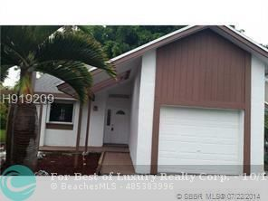 3913 NW 72nd Ln, Coral Springs, Florida 33065