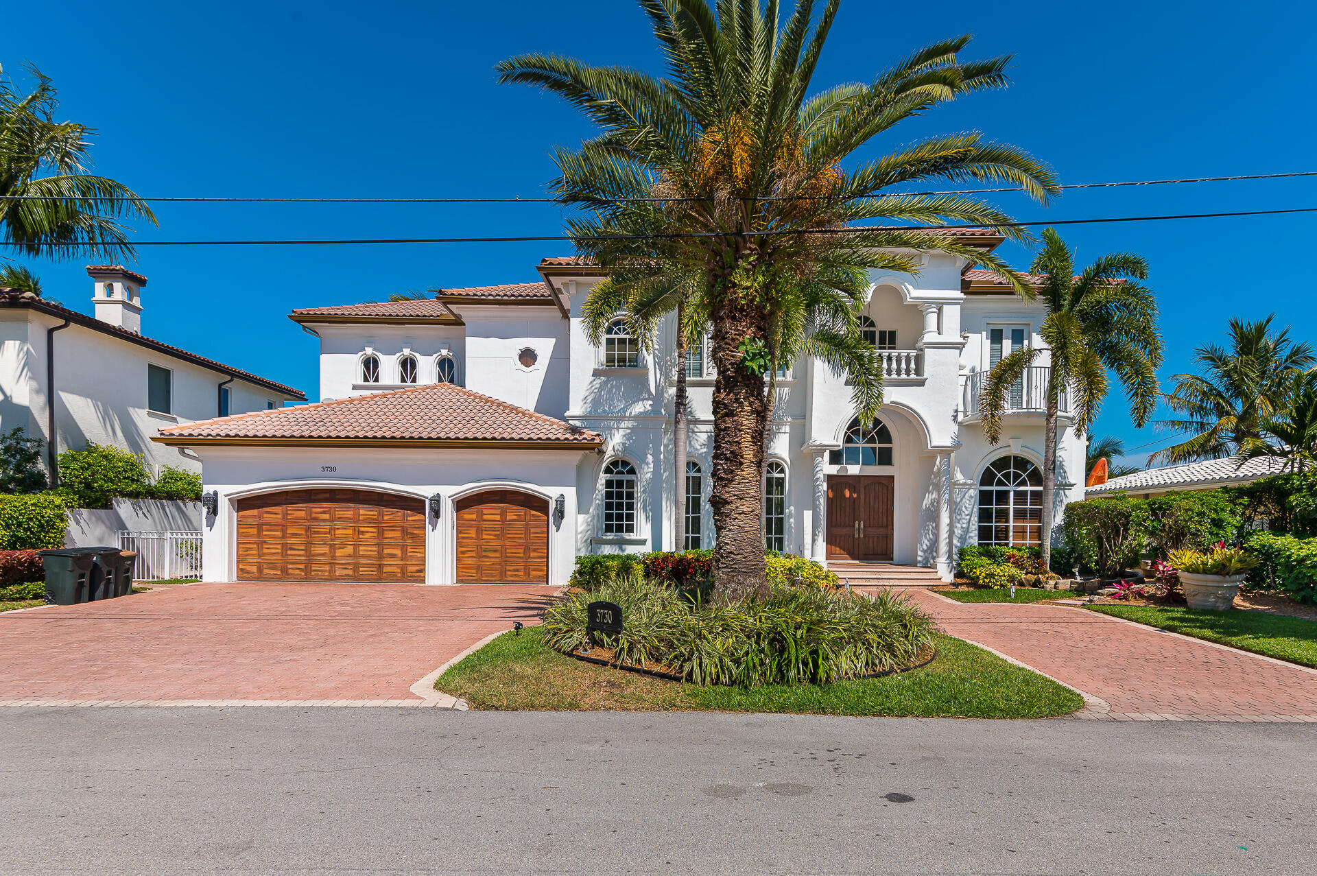Venetian Isles, 3730 NE 26th, Lighthouse Point, Florida 33064