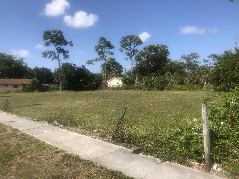 3130 Perry, Greenacres, Florida 33463