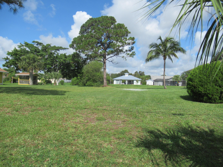 2414 SE Marius, Port Saint Lucie, Florida 34952