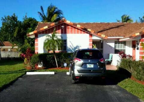 11201 NW 39th St, Coral Springs, Florida 33065