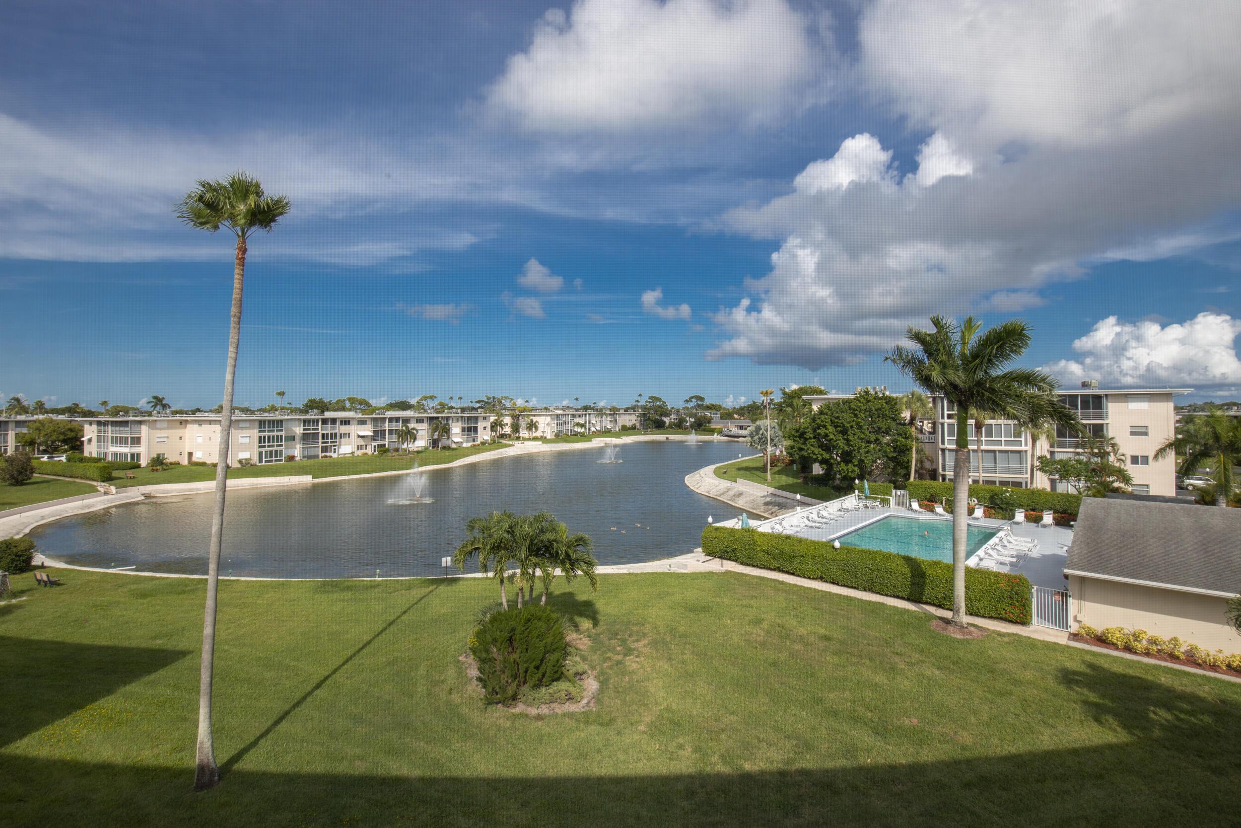 2728 Garden Unit 414, Lake Worth, Florida 33461